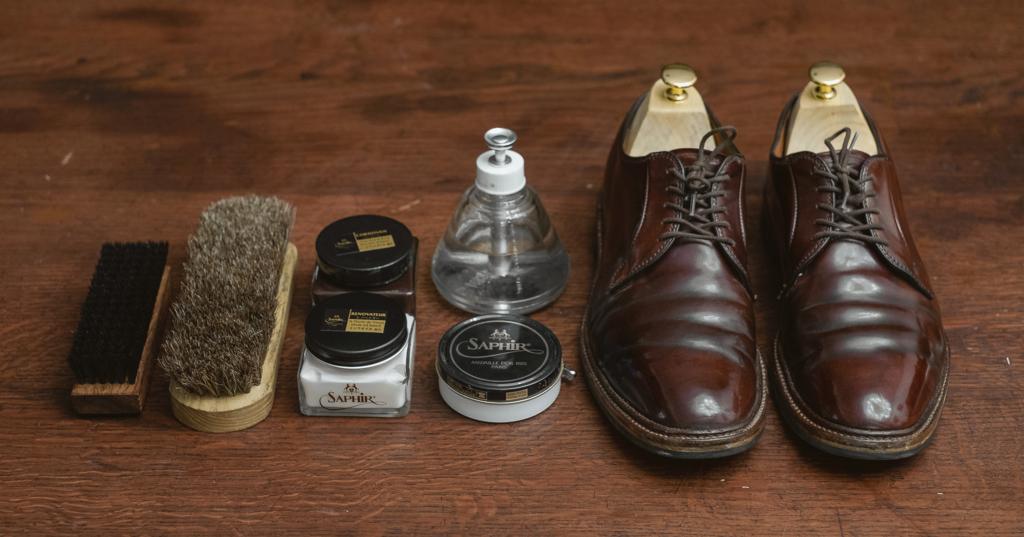 วิธีดูแลรองเท้าหนังสะโพกม้า (HOW TO CARE SHELL CORDOVAN LEATHER) 1